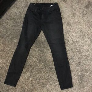 Black Fitted Jeans